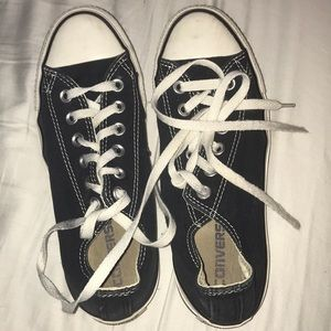 Blacl converse size womens 7